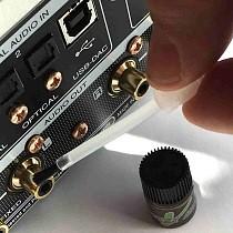 Kontaktpflege bei HiFi-Komponenten